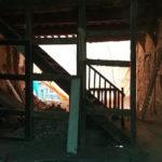Escalier existant conservé pour accès de chantier